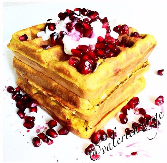 PUMPKIN BANANA COCONUT WAFFLES WITH POMEGRANATE | My digital kitchen ...